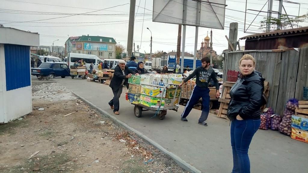 Власти продолжают бороться с торговцами на Больших Исадах