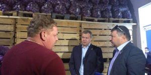 Харабалинские фермеры впечатлили Сергея Морозова