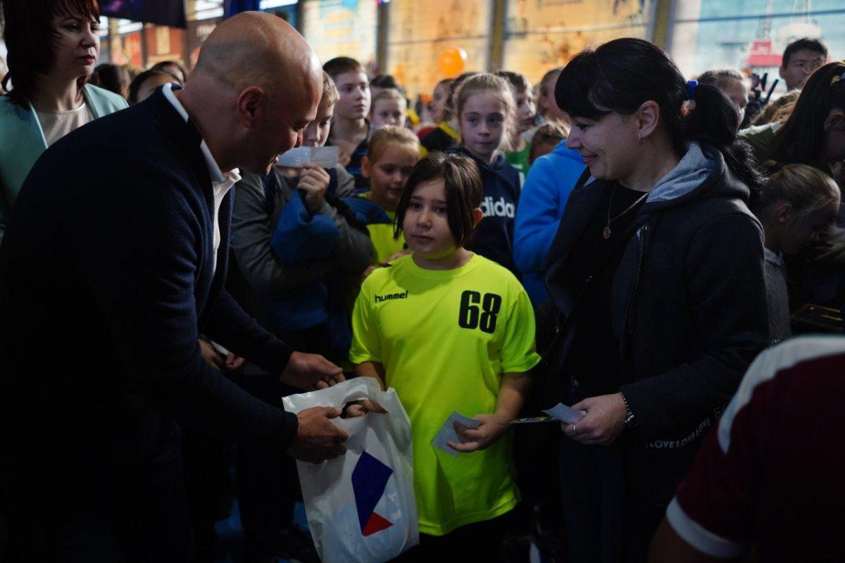 «Ростелеком» выступил партнером масштабной акции «Забей чемпиону»