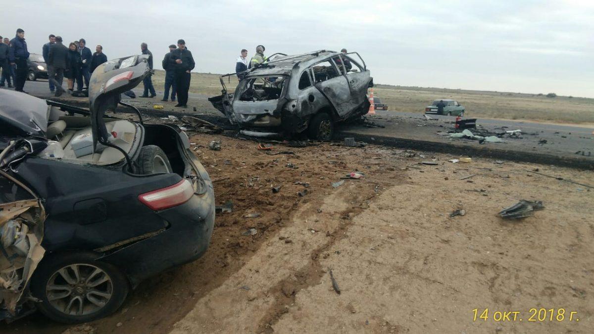 Стали известны подробности жуткой аварии на трассе под Астраханью