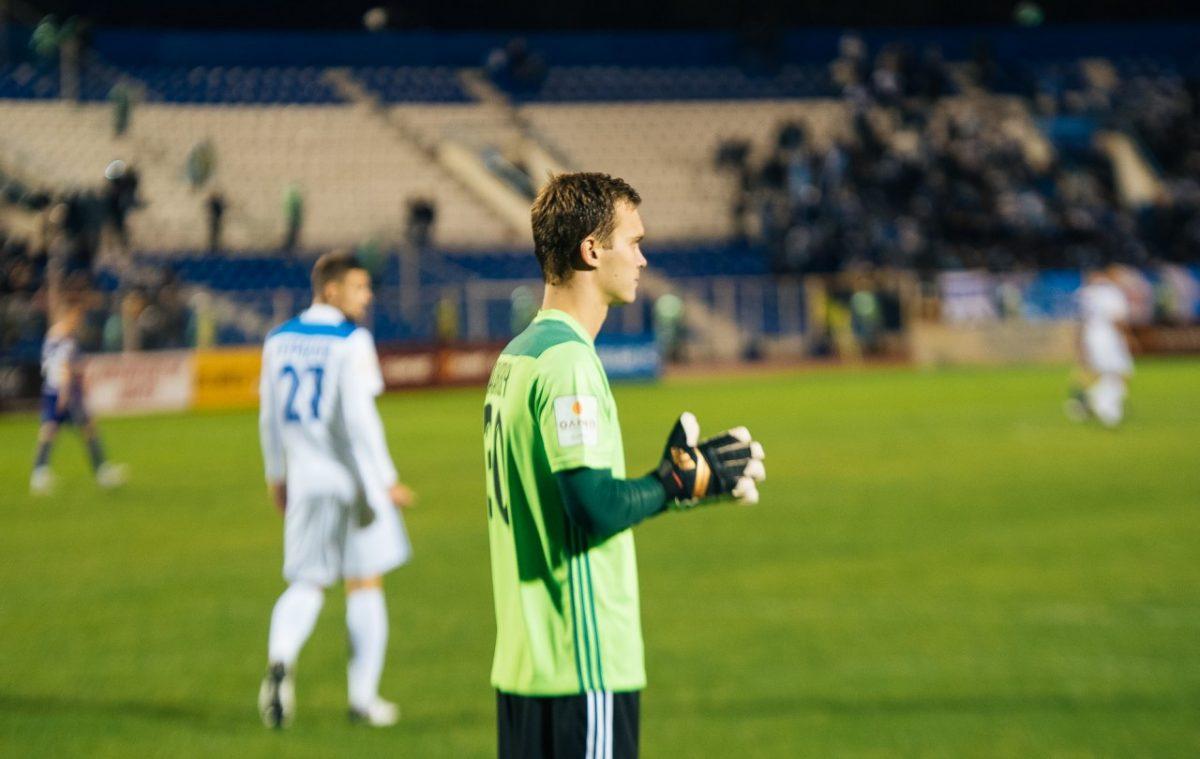 Футболисты «Волгаря» остаются без премий из-за долгов клуба