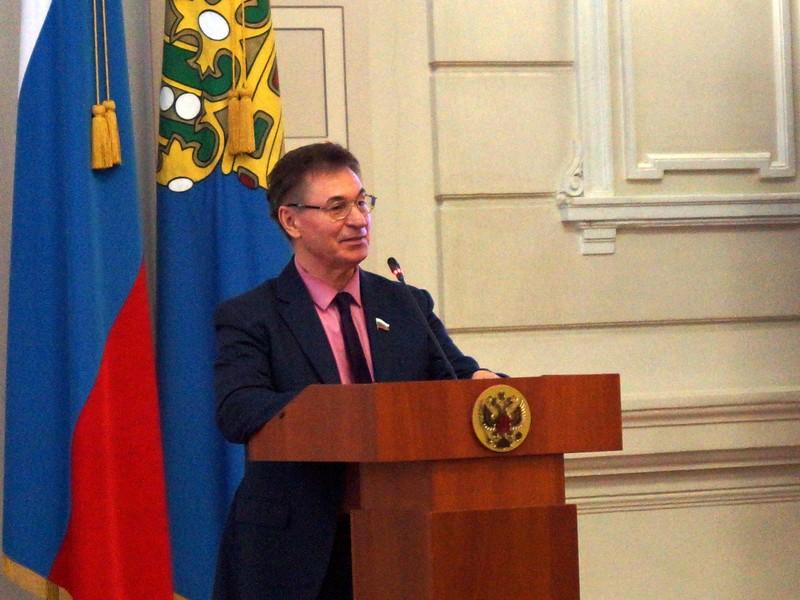 Бывший астраханский единоросс рассказал о взяточниках и ворах в «Единой России»