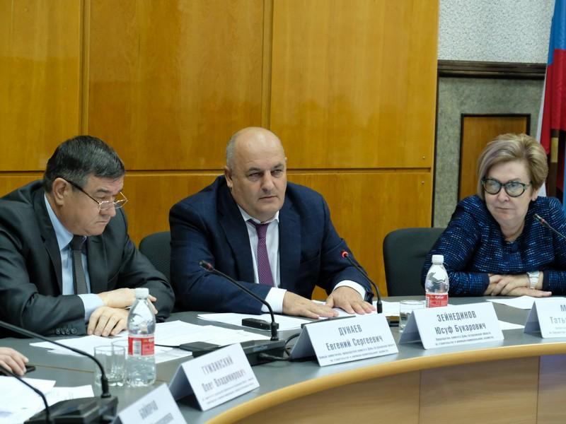 Дума Астраханской области продолжает бороться за чистоту