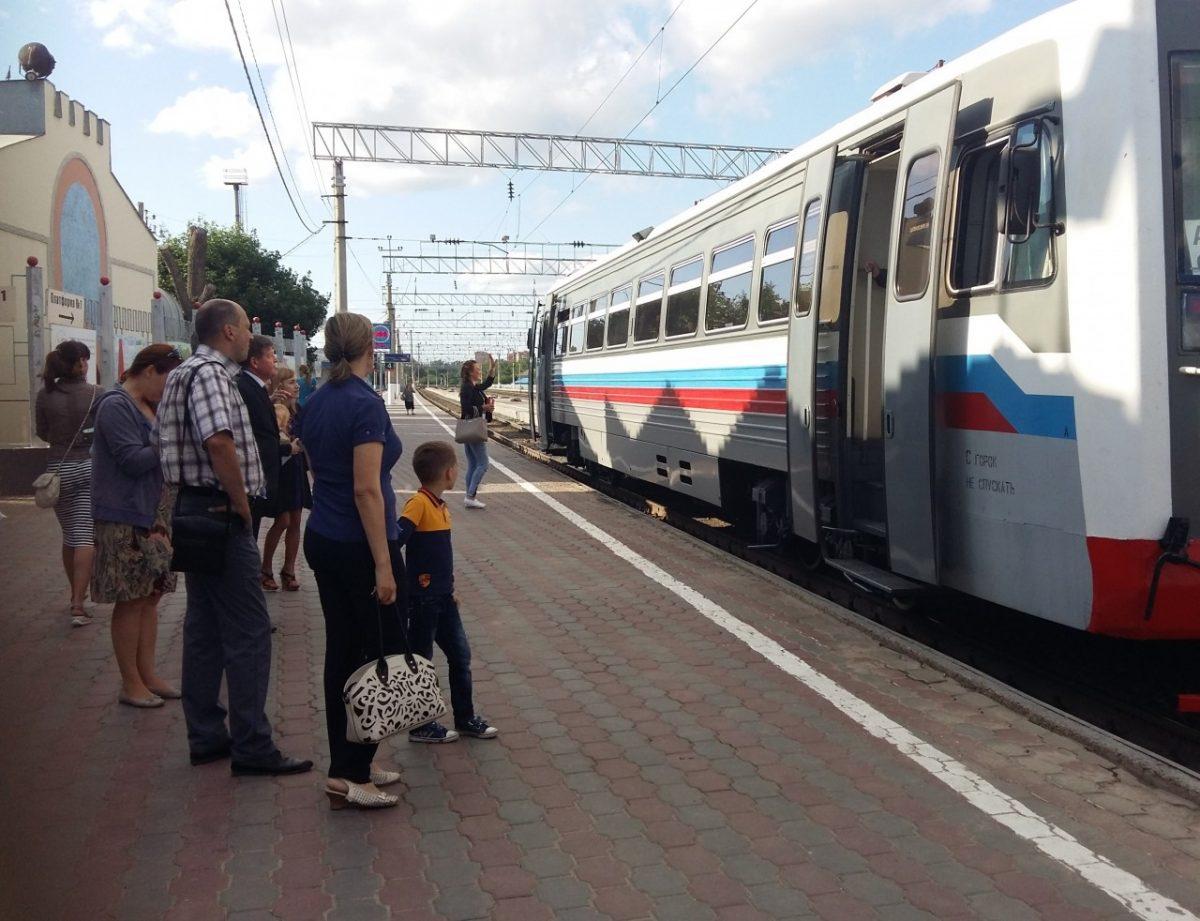 Новый рельсовый автобус перевез в Астрахани около 1400 человек