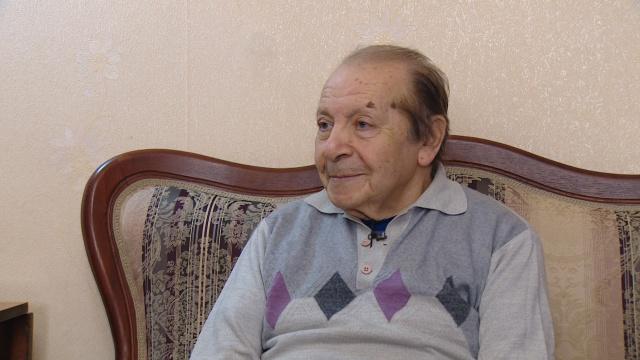 На 87-м году скончался старейший астраханский журналист