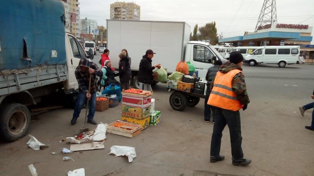 Нелегальных торговцев вновь выгоняли с улиц Астрахани