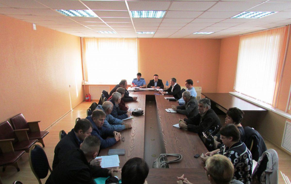 Глава администрации Трусовского района отчитался о проделанной работе