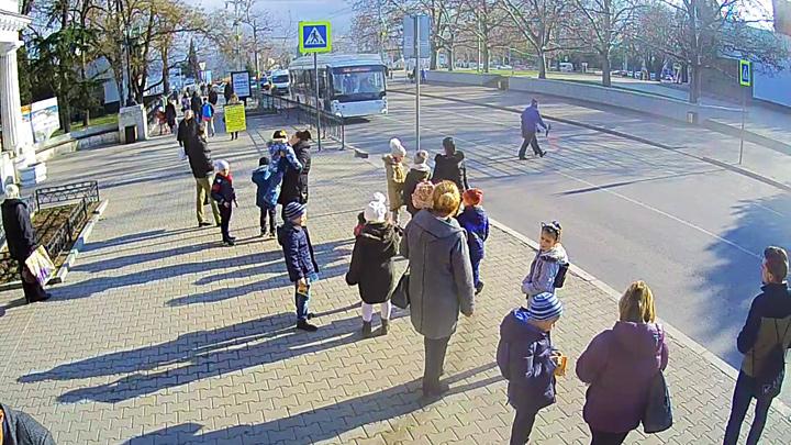 Олег Шеин предлагает установить на конечных остановках видеокамеры