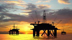 Олег Шеин: «Федеральный бюджет трещит от нефтяных доходов»