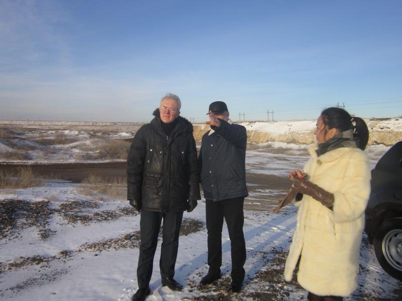 Олег Шеин провел совещание на месте будущего строительства приюта для животных