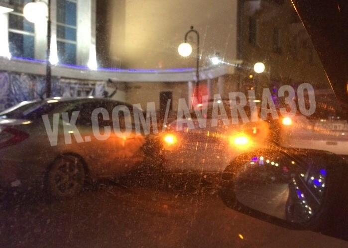 Гололед стал причиной массового ДТП в Астрахани