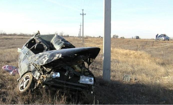По дороге в Астрахань на трассе погибла школьница