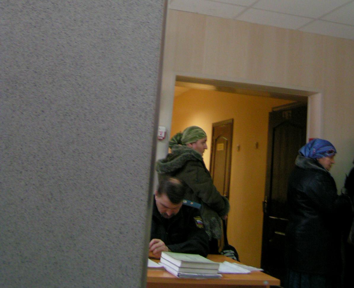Гастарбайтер создал в Астрахани бизнес на помощи соотечественницам