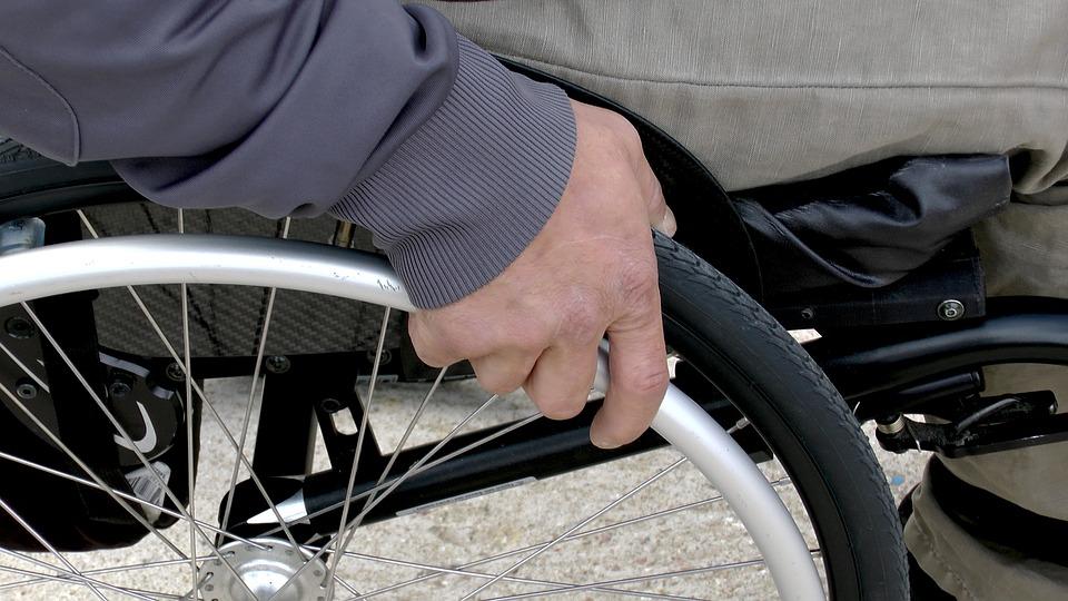 В России будет проще стать инвалидом