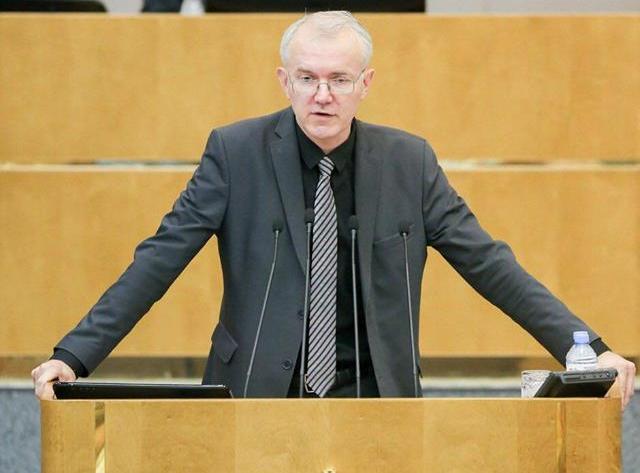 Олег Шеин: Астраханский бюджет тонет в деньгах без практической пользы для населения