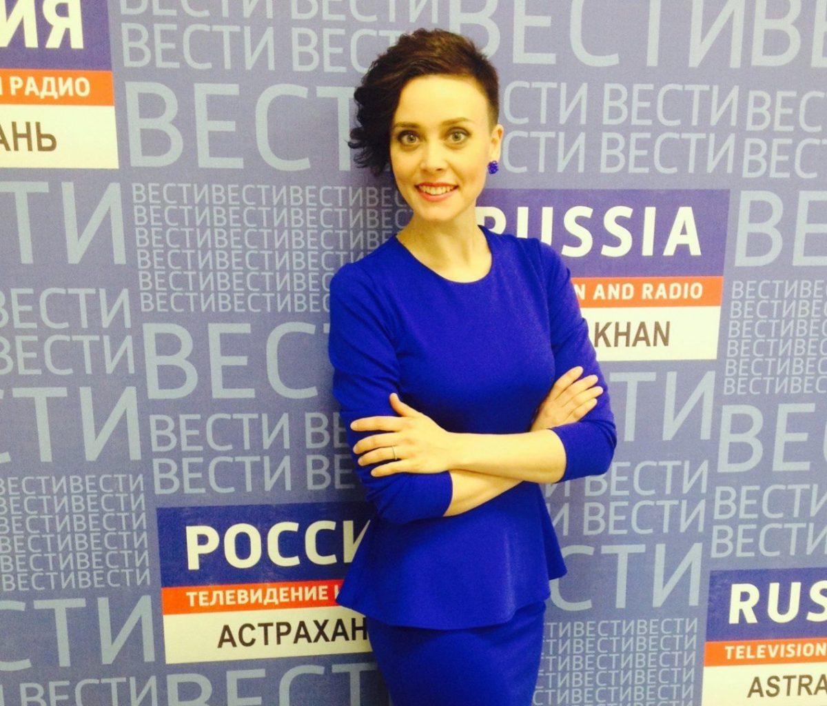 Губернатор Морозов взял в команду самого красивого консультанта