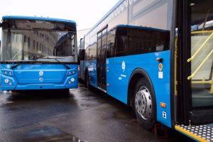 Через неделю в Астрахань поступят девятнадцать больших автобусов