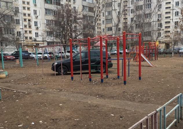 Астраханцы вновь Боги парковки