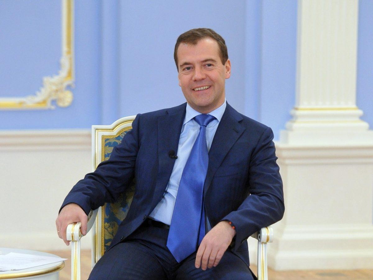 Дмитрий Медведев сообщил о дополнительных затратах на новое вооружение