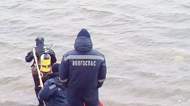 На рыбалке под Астраханью утонули отец и сын