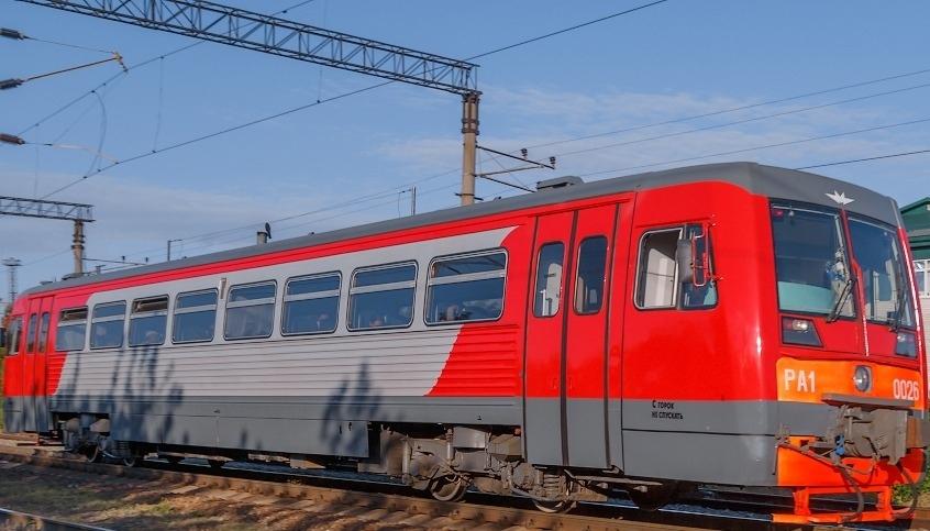 Рельсовый автобус на юг Астраханской области будет ходить чаще