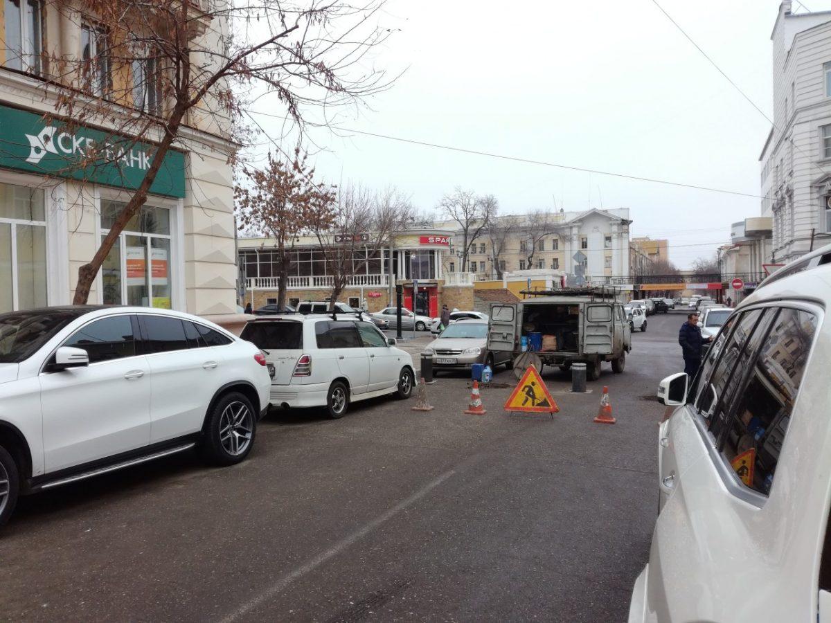 Улицу Чернышевского снова перегораживают столбиками