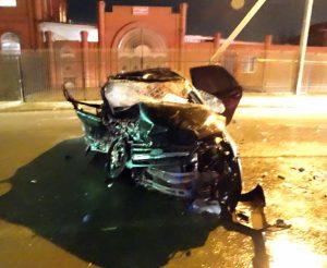 В Астрахани водитель без прав устроил крупную аварию. Погиб пассажир