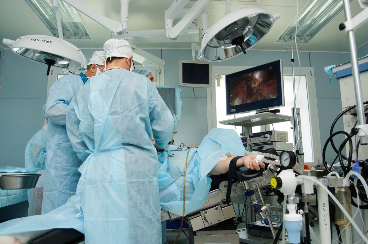 Астраханские хирурги теперь могут удалять «опухоль Клацкина»