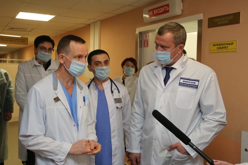 Сергей Морозов рассказал о строительстве новых объектов в Александро-Мариинской больнице