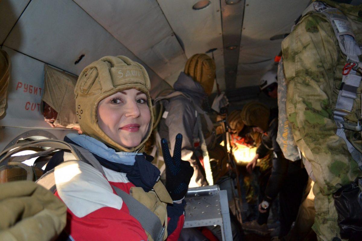 В Астрахани набирают группу парашютистов. Посмотрите видео прыжков