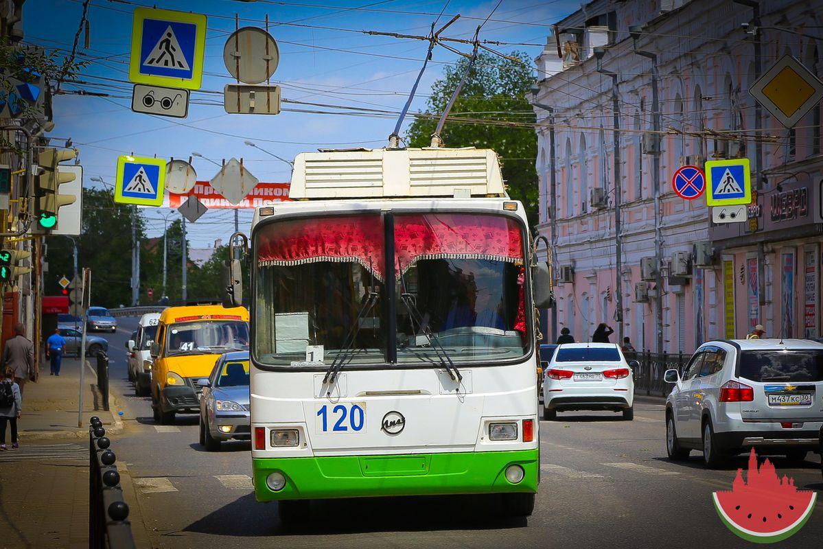 Разрушение астраханской троллейбусной сети могут признать уголовным преступлением