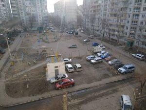 Налоговики и приставы начнут массовые рейды на парковках Астрахани