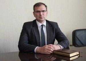 Астраханский замминистра строительства пошел под суд за взятку от строительной фирмы