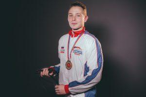 Астраханский учитель физкультуры установил рекорд по прыжкам через скакалку