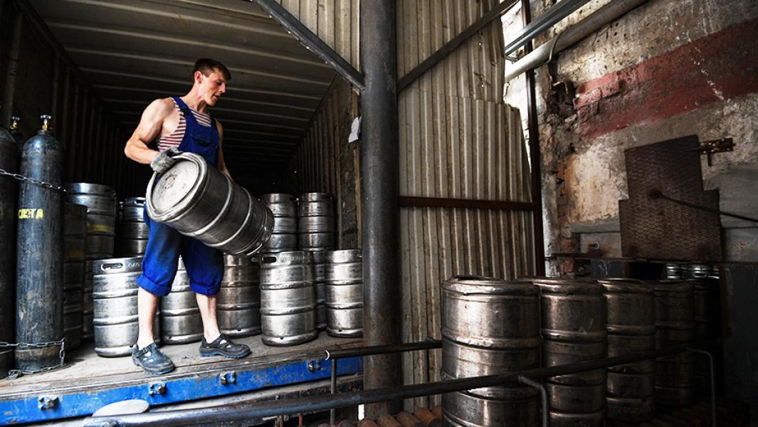 Депутат-единоросс хочет обязать пивоваров варить пиво только по ГОСТу