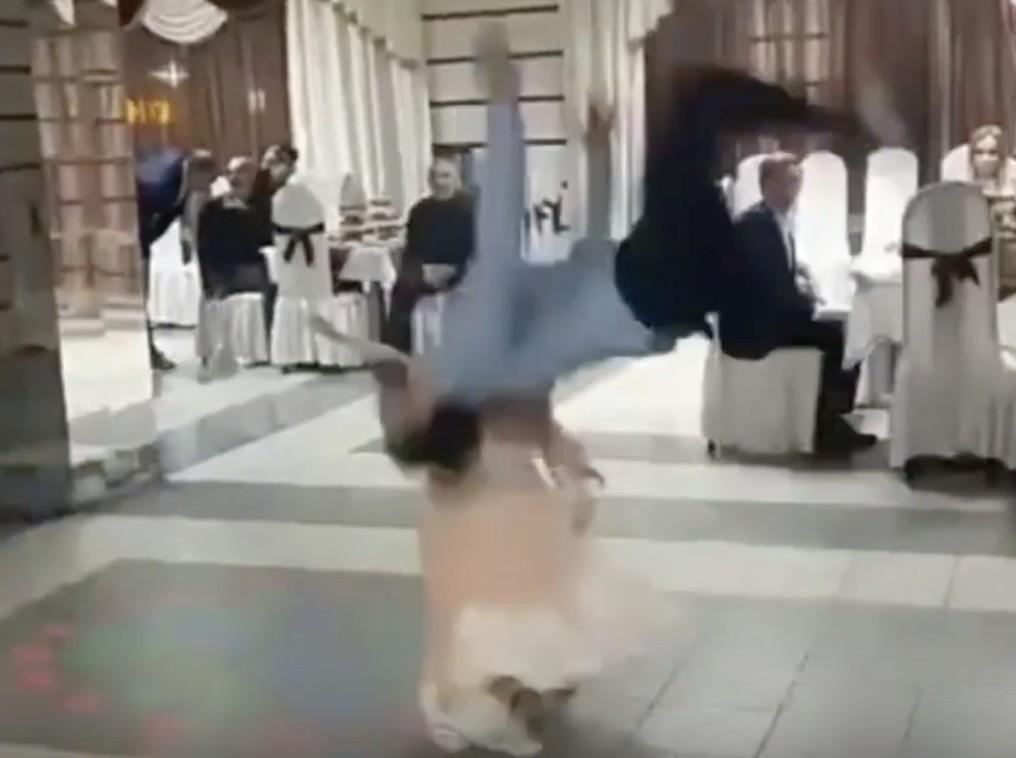 Астраханская девочка, которую травмировал танцор лезгинки, остается в больнице