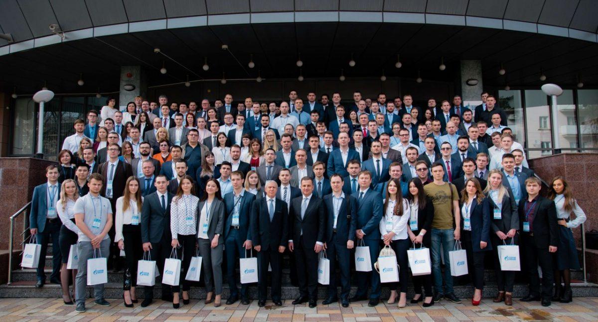 Молодежь Газпрома поделилась опытом и знаниями на конференции в Астрахани