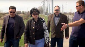 Астраханские общественники прогулялись по новой дороге