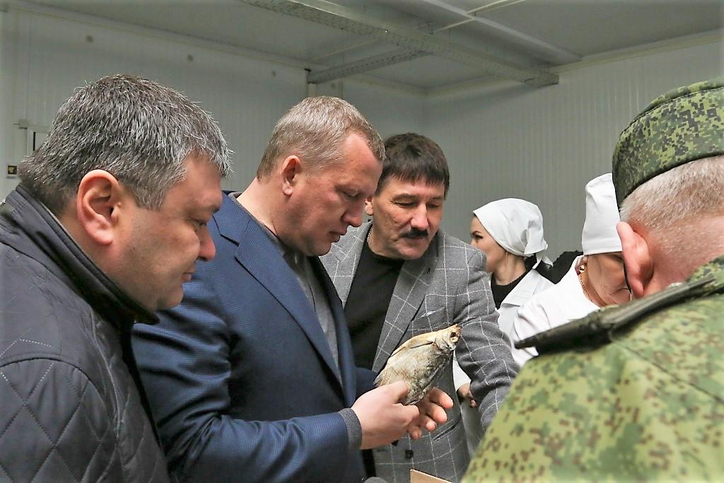 Сергей Морозов попросил рыбаков откровенно рассказать о проблемах