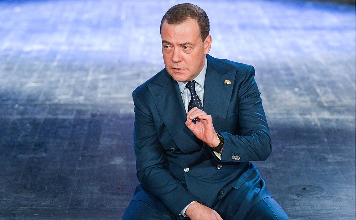 Медведев о национальных проектах: «В целом ресурсов хватает»