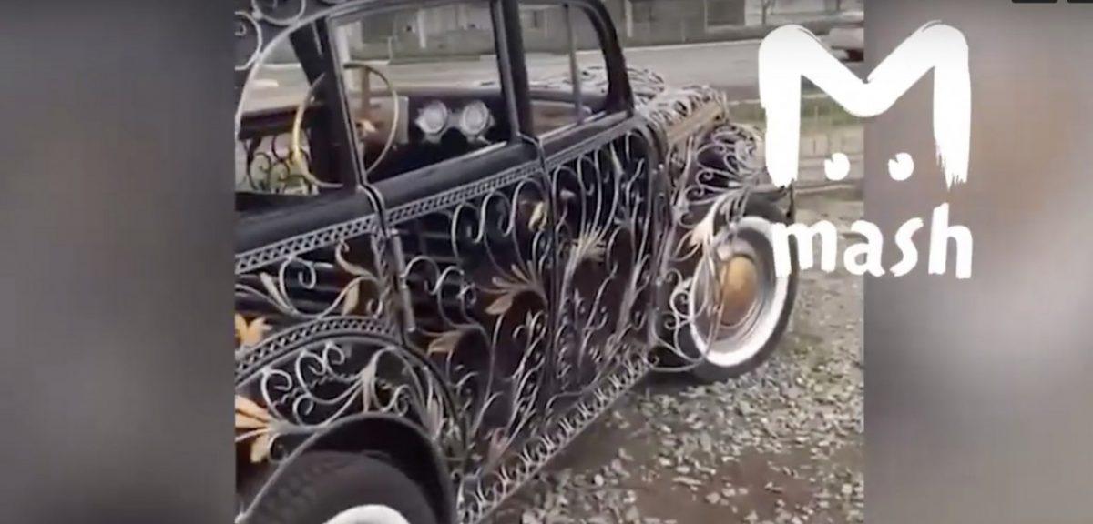 Россияне заценили кованый автомобиль из Астрахани