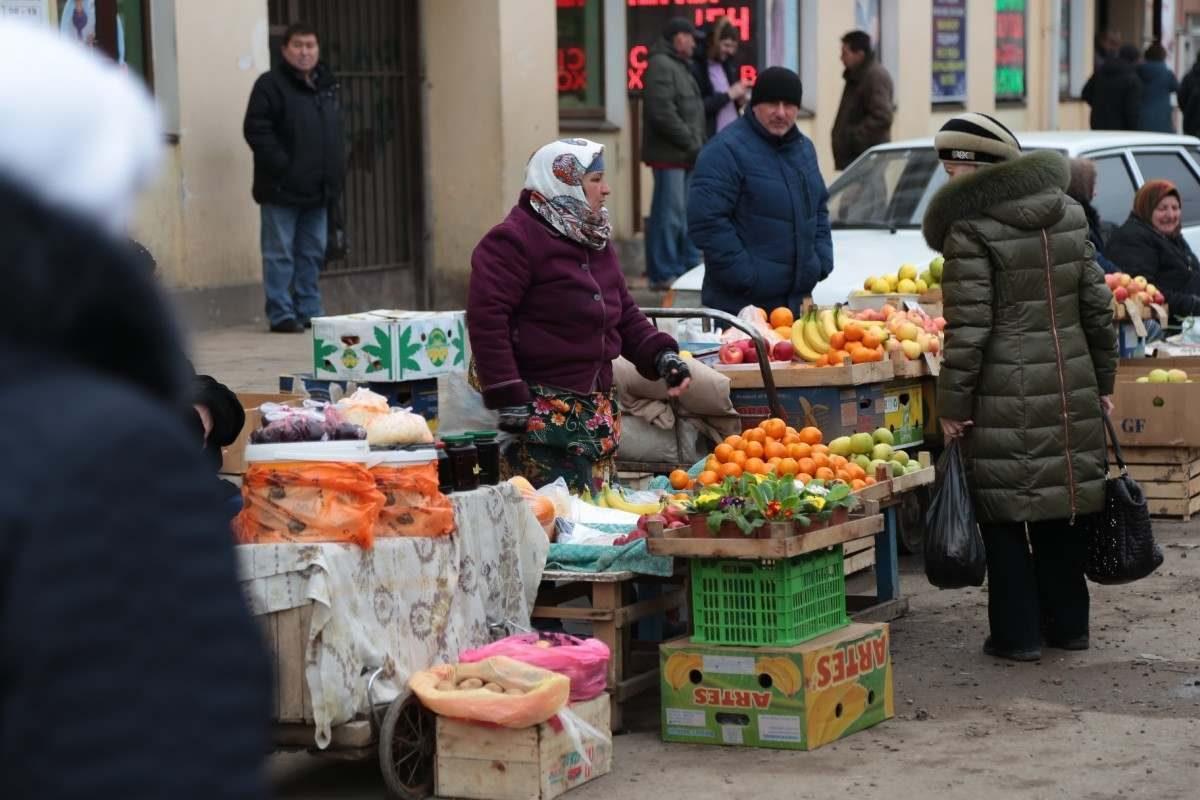 Росстат нашел у россиян почти 2 трлн рублей неучтенных доходов