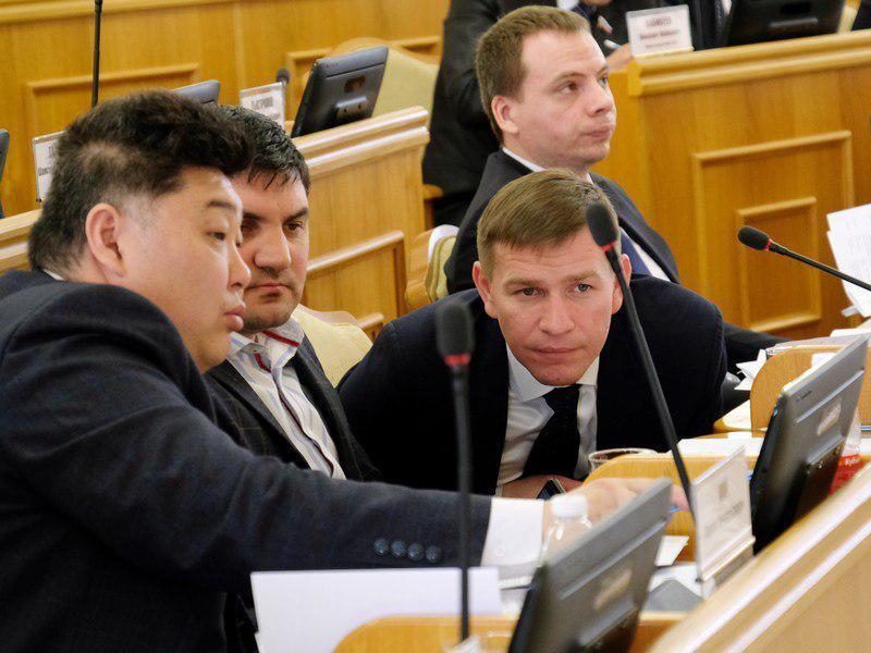 Астраханским депутатам теперь нельзя спамить и материться в интернете