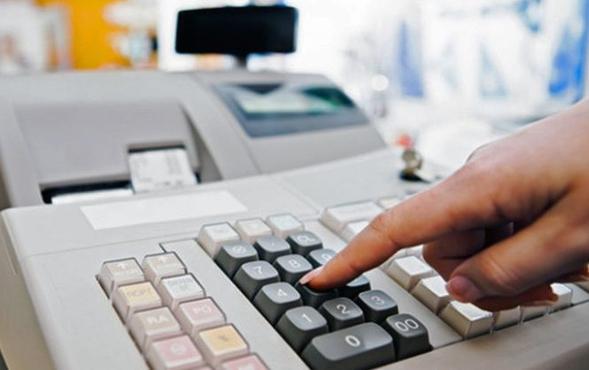В Астрахани у предпринимателя за долги по налогам забрали кассовый аппарат