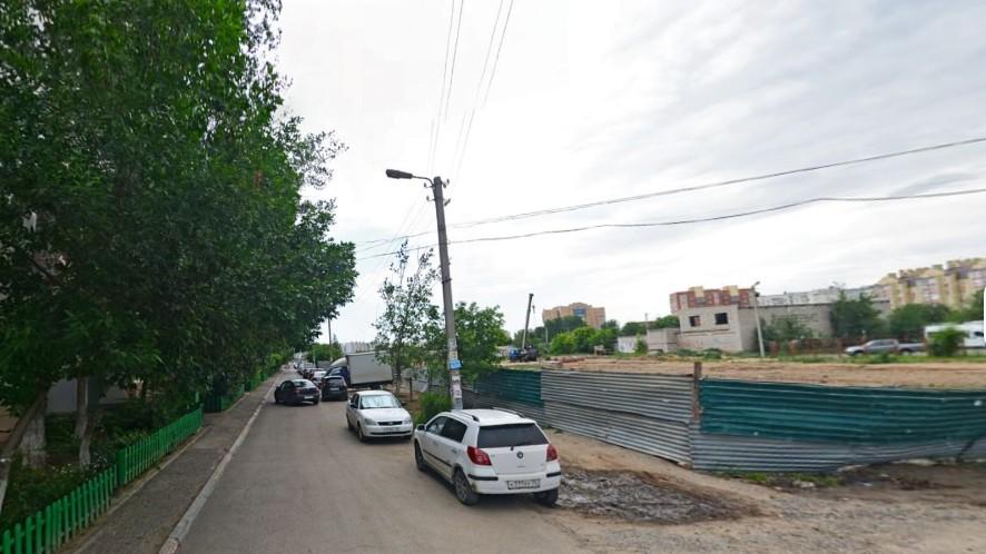 Астраханского замминистра строительства хотят осудить за строительство многоуровневой парковки