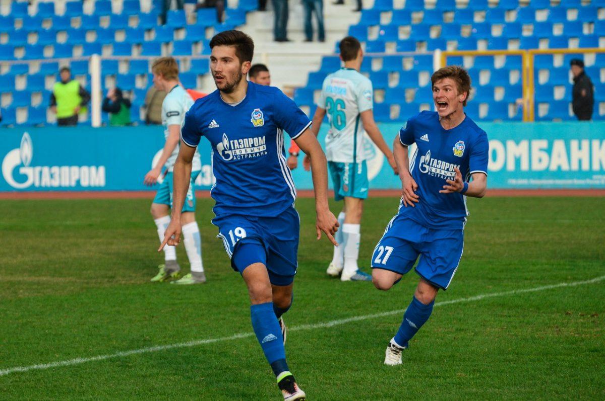 Бывший футболист «Волгаря» вызван в сборную России