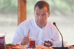 Дмитрий Медведев приехал отдохнуть в Астраханскую область