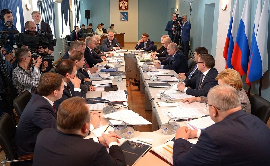 Министры правительства РФ рассказали о перспективах развития Астраханской области (часть 1)