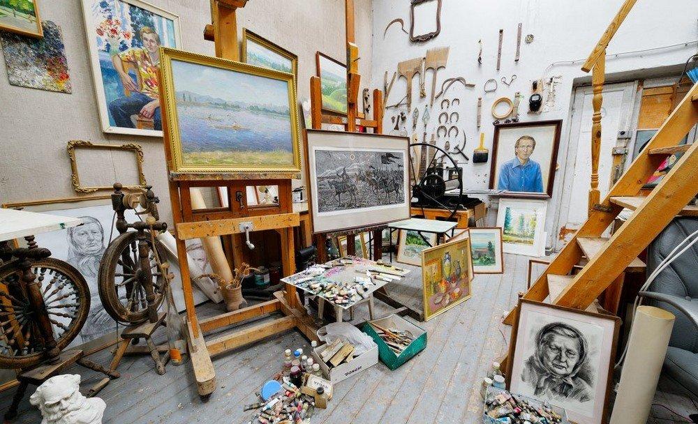 Астраханские художники смогут бесплатно пользоваться мастерскими
