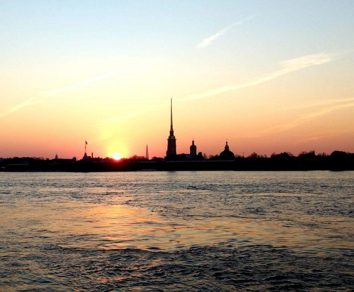 «Нас многое объединяет»: Сергей Морозов поздравил Петербург с Днем города
